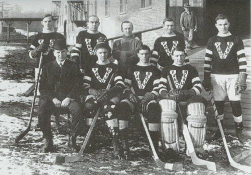 THE VANCOUVER MILLIONAIRES - STANLEY CUP CHAMPIONS - 1915